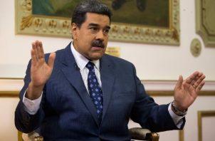 """El Gobierno de Colombia consideró que la prudencia debe ser la regla de oro ante las """"amenazas"""" de Nicolás Maduro. FOTO/EFE"""
