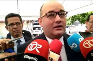 El magistrado del Tribunal Electoral, Alfredo Juncá, acudió a la Asamblea Nacional.Foto de cortesía