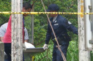 El cadáver fue hallado bajo el puente de Manaca. Foto: Mayra Madrid.