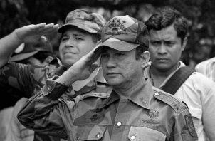 Grupos militares dirigidos por el Mayor Moisés Giroldi, tenían a Manuel E. Noriega listo para ser entregado a los Estados Unidos. Foto: AP.