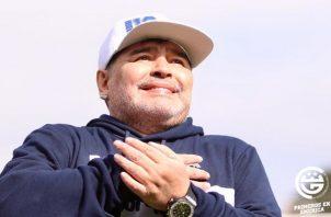 Maradona se emocionó en su presentación.