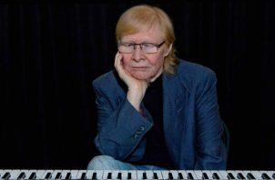 Marden Paniza es compositor, arreglista y músico.  Cortesía