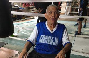 María De La Cruz Murillo no piensa en retirarse del boxeo después de 35 años como entrenadora. Juan Carlos Lamboglia