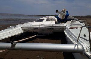 !Tragedia! Niño de 9 años fallece al caerle mástil de un bote en Aguadulce. Foto: Sinaproc.