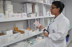 El gobierno de Cortizo busca dotar en 95% las farmacias de las entidades públicas de salud. Foto de archivo