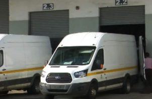 El Minsa informó que se ha ordenado la realización de una auditoría a los depósitos centrales de la institución, ante el hallazgo de contenedores con medicamentos vencidos.