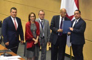 El MEF vaticinó que el déficit fiscal superaría el 2.6% previsto por la administración de Juan Carlos Varela.