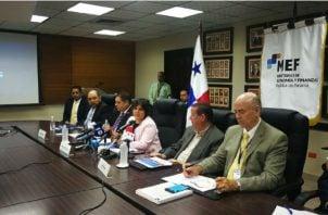 En febrero autoridades del MEF y Gafi se reunieron en Panamá. Cortesía MEF