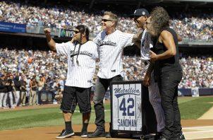 Metallica participó en el homenaje a Mariano en 2013.