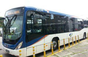 Metrobuses tendrán carriles exclusivos en los corredores. Foto/Archivos