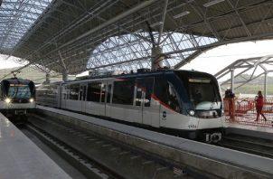 Por cada tres trenes que circulen en la Línea 2, uno irá por el ramal hacia el aeropuerto de Tocumen. Foto de archivo