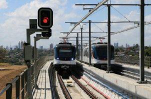 La recién inaugurada Línea 2 del Metro consta de 16 estaciones y los trenes son de cinco vagones.