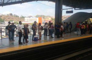 Metro de Panamá paralizado por interrupción en el servicio eléctrico. Foto/Redes