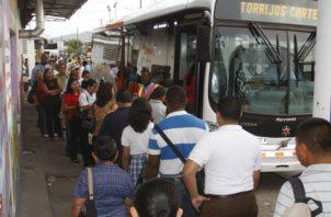 El sistema del metrobús todavía no ha logrado mejorar el servicio en la ciudad y san Miguelito.