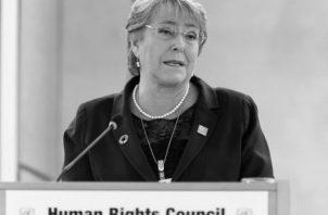 Michelle Bachelet, en la sede del Consejo de Derechos Humanos de la Organización de Naciones Unidas, en Ginebra, en marzo de 2017, cuando era presidenta de Chile. Foto: EFE.