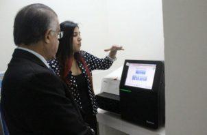 Este laboratorio del Mida pone al país a la vanguardia mundialmente en cuanto a la detección de plagas y enfermedades. Foto/Mida