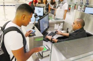 A extranjeros no se les permitiera la entrada a suelo nacional. Foto: Migración