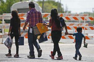 El Salvador, Guatemala y Honduras han firmado con el Gobierno de Donald Trump un acuerdo migratorio con el que se busca atajar la migración irregular desde Centroamérica.