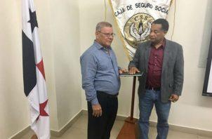 Miguel Edwards (derecha) estará al frente de la junta directiva de la CSS. Foto: CSS