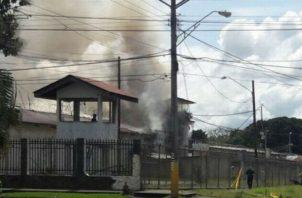 El cuartel de David fue incendiado en octubre de 2017 por detenidos que se oponían al traslado a la nueva cárcel de Chiriquí. Archivo
