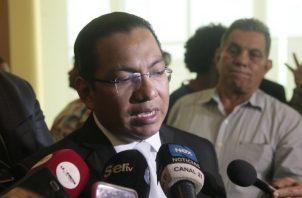 Vocería del Ministerio de Seguridad a cargo de Aarón Pérez.  Víctor Arosemana