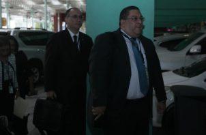 El perito en principio fue presentados como el testigo principal del Ministerio Público y, aparentemente, desde allí lo están amenazando. Víctor Arosemena