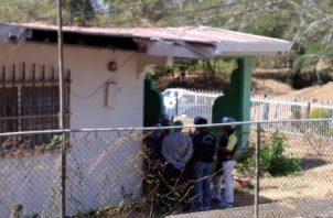 Se conoció además que las residencias donde vivían Nidia y su madre, y donde ocurrieron los hechos, fueron puestas a la venta. Foto/Thays Domínguez