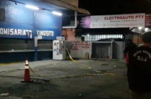 Violencia en gallera de la 24 de Diciembre y parrillada en Las Garzas.