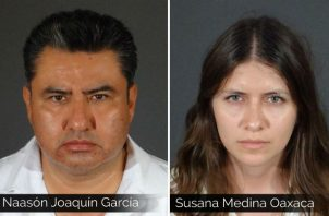 Naason Joaquin Garcia (izq) y Susana Medina Oaxaca (der). Foto: AP.