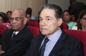 Adolfo Ahumada y Aristides Royo, dos de los tres negociadores de los Tratados Torrijos Carter,  que sobreviven.