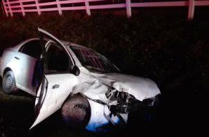 La joven se tapó los ojos y chocó otro auto. Foto: Archivo/Ilustrativa.