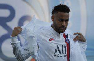 Neymar ha jugado solo 90 minutos esta temporada con el PSG. Foto AP