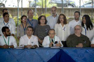 Líderes universitarios, de la sociedad civil, empresarios y académicos piden que la conferencia episcopal nicaragüense sea participe de la negociación en Managua. Foto: EFE.