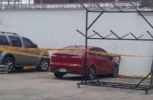 Auto donde falleció la menor de cuatro años.