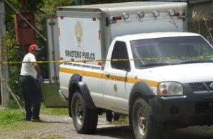 El cuerpo de la menor fue trasladado a la morgue judicial en David. Foto: Mayra Madrid.
