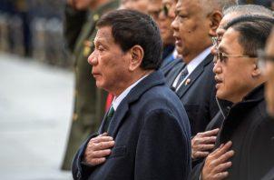 Desde que Rodrigo Duterte se convirtió en presidente de Filipinas hace tres años, ha defendido una guerra total contra las drogas que ha cobrado entre 5 mil y 20 mil vidas (no hay consenso en la cifra exacta). Foto: EFE.