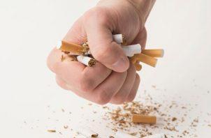 El método Abrahamson tiene una efectividad de más del 90%: Nueve de cada diez paciente solo requiere una sesión para dejar el cigarrilo. Foto: Archivo.