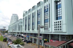 El cierre de las oficinas públicas se ordena mediante un Decreto Ejecutivo.
