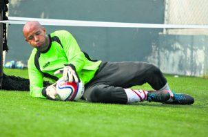 El futbolista actualmente cumple la medida cautelar de reporte los días lunes y viernes de cada semana.