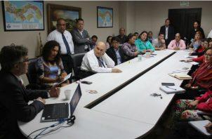 Economista del BID, hizo un diagnóstico de la situación económica y social  de Panamá. Foto/Cortesía