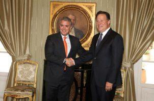 De acuerdo con el mandatario Juan Carlos Varela, este es un proyecto que fortalece la integración regional. Foto/Cortesía