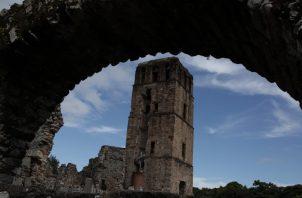 La Ruta Colonial Transístmica está formada por un conjunto de sitios, que incluyen el sitio arqueológico de Panamá Viejo.