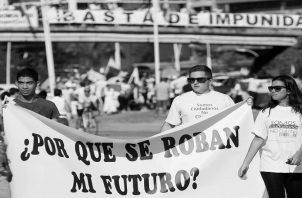 Los malos panameños que solo piensan en sí mismos, aun cuando gobiernan, pero nunca en el bienestar de nuestra gente. Foto: EFE