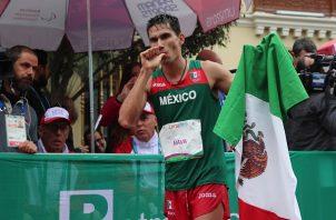 Horacio Nava obtuvo plata en marcha. Foto:EFE