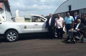 El carro fue transportado en un avión Hércules, de la fuerza aérea colombiana. Cortesía