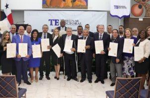 Panamá tiene 20 diputados en el Parlacen, aparte del expresidente y exvicepresinte (a) que tienen derecho a una curul.