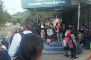 Mantendrán la medida hasta que Meduca nombre los docentes. Foto: José Vásquez.