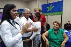 Blandón llegó al directorio del partido Popular para agradecer el apoyo. Foto de Twitter