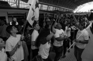 Un grupo de peregrinos durante el acto de apertura parcial de la Línea 2 del Metro, el pasado jueves 17 de enero. La Línea 2 funcionará hasta el cierre de la JMJ, el domingo 27 de enero. Foto:Víctor Arosemena/Epasa.