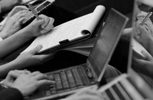 Lo bueno es que, aún hay jóvenes que ven en el periodismo una herramienta que busca solucionar los conflictos sociales y denunciar la corrupción. Foto: Archivo.